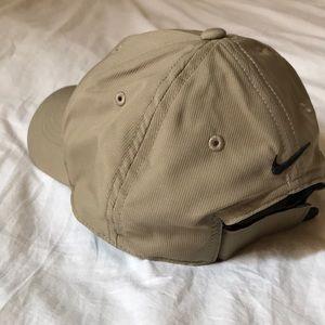 e0011987c1d01 Golf Legacy91 Tech Adjustable Hat. Khaki